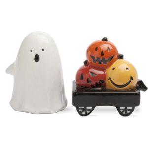 halloween salt and pepper shakers